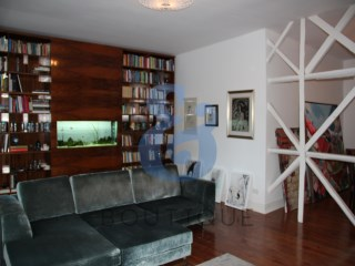 Spacious 3 bedrooms apartment completely refurbished in central Lisbon. GOLDEN VISA ACCESS | HOUSE & HOME | 3 Bedrooms