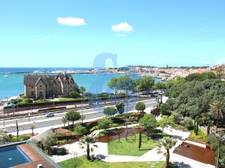 Apartamento T3 no Estoril Sol Residence | HOUSE & HOME | T3 | 4WC