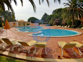 3 bedroom apartment in Quinta da Bicuda | HOUSE & HOME | 3 Bedrooms | 2WC