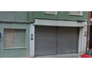 Local comercial en Calella |