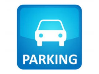 Plaza de parking en Pineda de Mar |