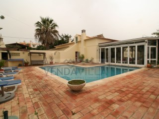 VILLA SITUATED CLOSE TO THE BEACH | 4 Bedrooms | 4WC