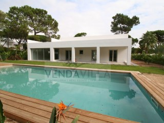 RENOVATED VILLA SITUATED IN A QUIET AREA | 3 Bedrooms | 4WC