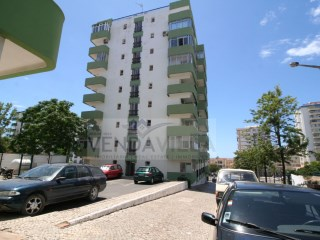 RENOVATED APARTMENT LOCATED 5 MN FROM THE BEACH | 2 Bedrooms | 2WC