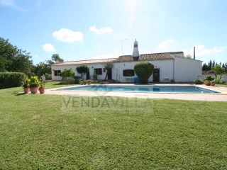 BEAUTIFUL COUNTRY VILLA | 6 Bedrooms | 4WC