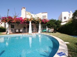BEAUTIFUL VILLA LOCATED IN A QUIET AREA | 3 Bedrooms | 3WC