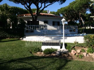 SPACIOUS VILLA SITUATED IN A VERY QUIET ZONE | 3 Bedrooms | 3WC