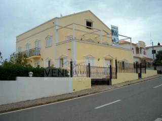 VILLA SITUATED CLOSE TO THE CENTRE OF BOLIQUEIME | 9 Bedrooms | 6WC