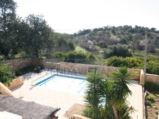 SPACIOUS COUNTRY VILLA WITH AN ANNEXE | 3 Bedrooms | 2WC