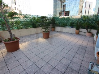 Lisbon, Amoreiras, apartment with terrace, in the towers of Amoreiras for rent. Close to the French school. | 3 多个卧室