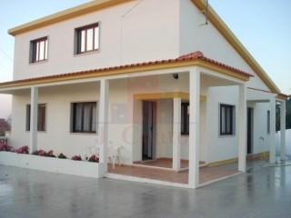 Detached and Furnished House in Fanadia- S. Greg��rio | 2 Bedrooms | 2WC