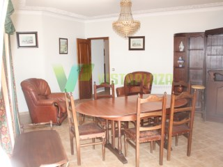 Houses and apartments for sale. Furnished and equipped. Zone Center | 3 Bedrooms | 1WC
