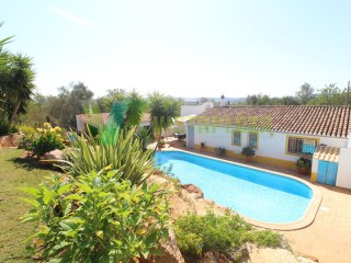 Villa in Carrasqueiro, M3 field, in a very quiet area, with garden | 3 Bedrooms | 2WC