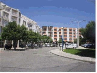 Algarve, Lagoa, Shop well located |