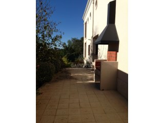 Detached House › Sintra | 4 Bedrooms | 4WC