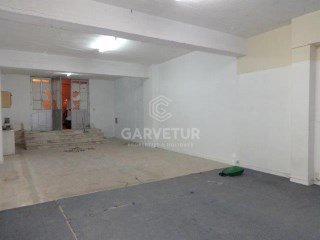 Faro - Warehouse - Good business opportunity |