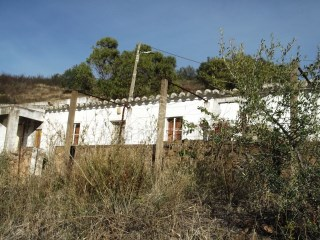 Algarve, Tavira, Villa to restore in contryside  | 2 Bedrooms