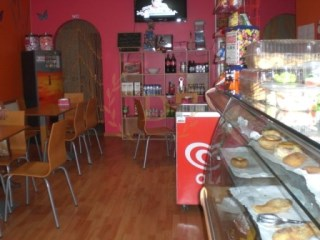 BAKERY FOR SALE IN ESTOMBAR, WELL LOCATED, WITH GOOD AREAS |