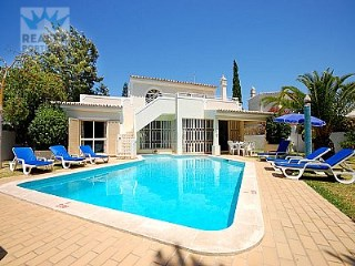 3 bedroom Villa in Sesmarias, Algarve for sale with 680m2 of land | 3 Bedrooms | 2WC