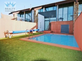 Fabulous Townhouse in Almancil & Surroundings | 3 Bedrooms
