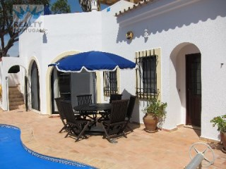 Lovely Villa in Dunas Douradas | 4 Bedrooms