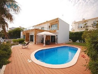 Modern Villa in Albufeira | 5 Bedrooms