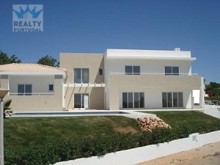 Modern brand new Villa in Albufeira | 4 Bedrooms