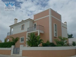 Detached Lovely Villa in Portimão | 3 Bedrooms