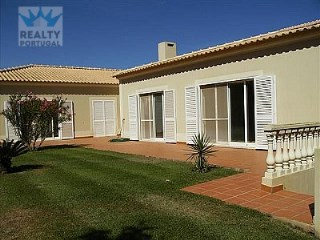 Sweet Villa in Portimão | 4 Bedrooms