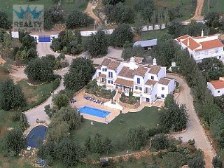 Typical Algarvean Country Estate |