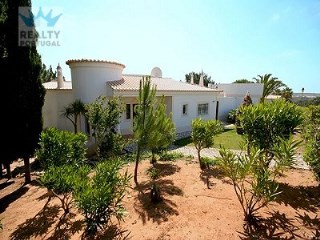 Wonderful Townhouse in Vila do Bispo | 3 Bedrooms