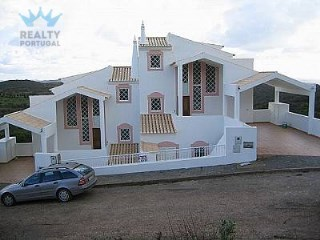 Sweet Villa in Vila do Bispo | 4 Bedrooms