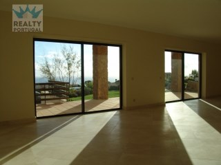 House 3 Bedrooms Well Located, Cascais, Lisbon | 3 Bedrooms | 4WC