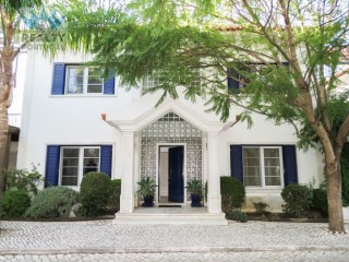 Villa T6 Well Located, Cascais, Lisbon | 6 Bedrooms | 3WC