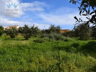 Plot with building project approved for sale in Albufeira and Olhos de Agua |