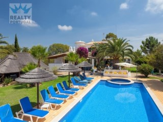 Villa › Lagoa (Algarve) | 5 Bedrooms | 4WC