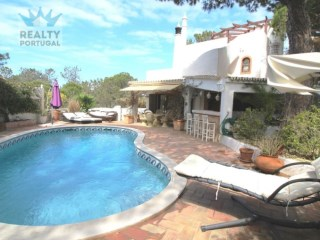 Villa › Loulé | 5 Bedrooms | 3WC