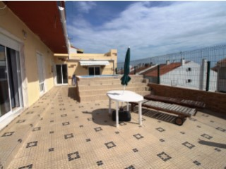 Two-flat House › Odivelas | 3 Bedrooms
