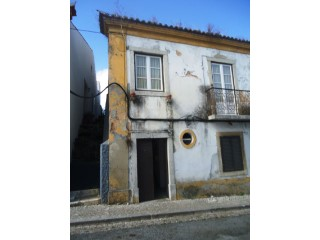 Old House › Setúbal | 2 Bedrooms | 1WC