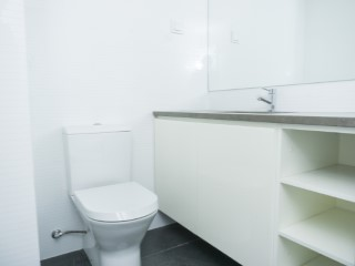 Suite-bathroom%95/121