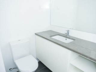 Suite-bathroom%99/121