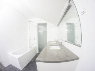 Master Suite-Bathroom%33/121