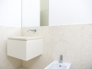 Shared bathroom%151/176