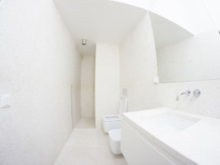Suite-bathroom%169/176