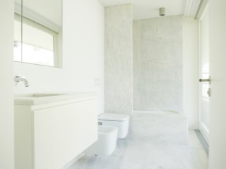 Suite-bathroom%84/189