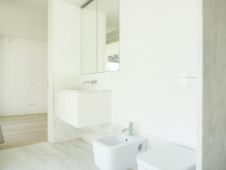 Suite-bathroom%85/189
