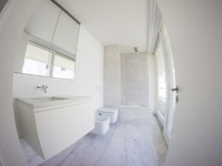 Suite-bathroom%86/189