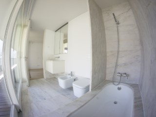 Suite-bathroom%87/189