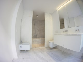 Master Suite-bathroom%165/189