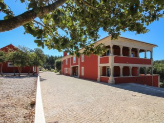 Beautiful Quinta located on the Silver Coast of Portugal (26)%1/26